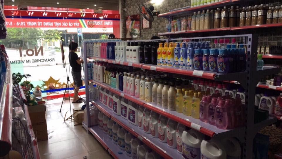 Hình ảnh lắp đặt giá kệ siêu thị tại Đồng Nai